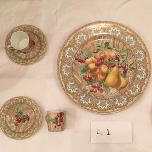 Patrick Frey Chamarande Limoges China Set